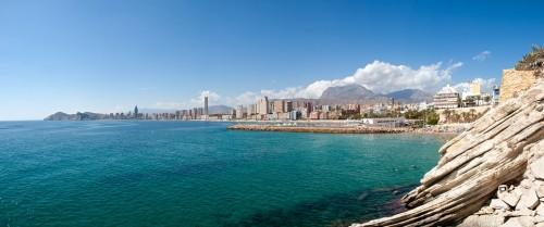 Kai kurie paplūdimiai įsikūrę tiesiog miestuose